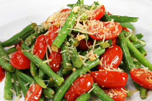 Coconut Sautéed Green Beans with Tomatoes recipe photo