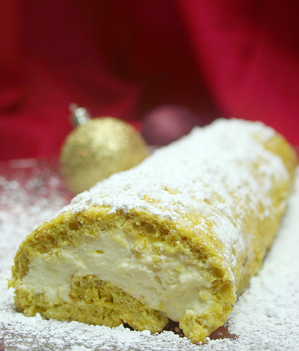 Gluten Free Lemon Roulade made with coconut flour recipe photo